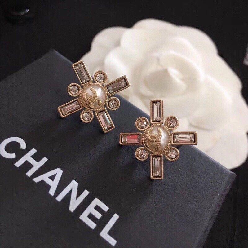 香奈儿Chanel珍珠耳钉Chane