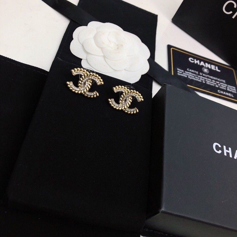 Chanel香奈儿中古款小香新款耳环