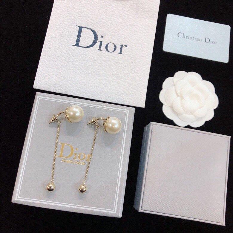 Dior迪奥cd火爆珍珠耳钉原版正品