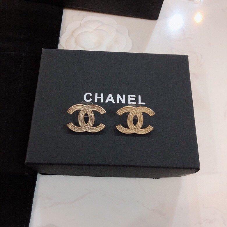 Chanel香奈儿耳钉小香耳环热销款