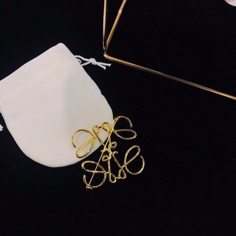 明星网红同款胸针专柜同步最保值系列属