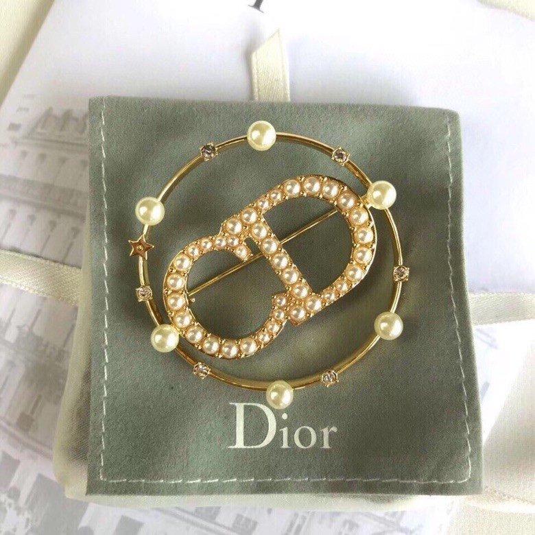 官网新款Dior迪奥CD字母珍珠胸针
