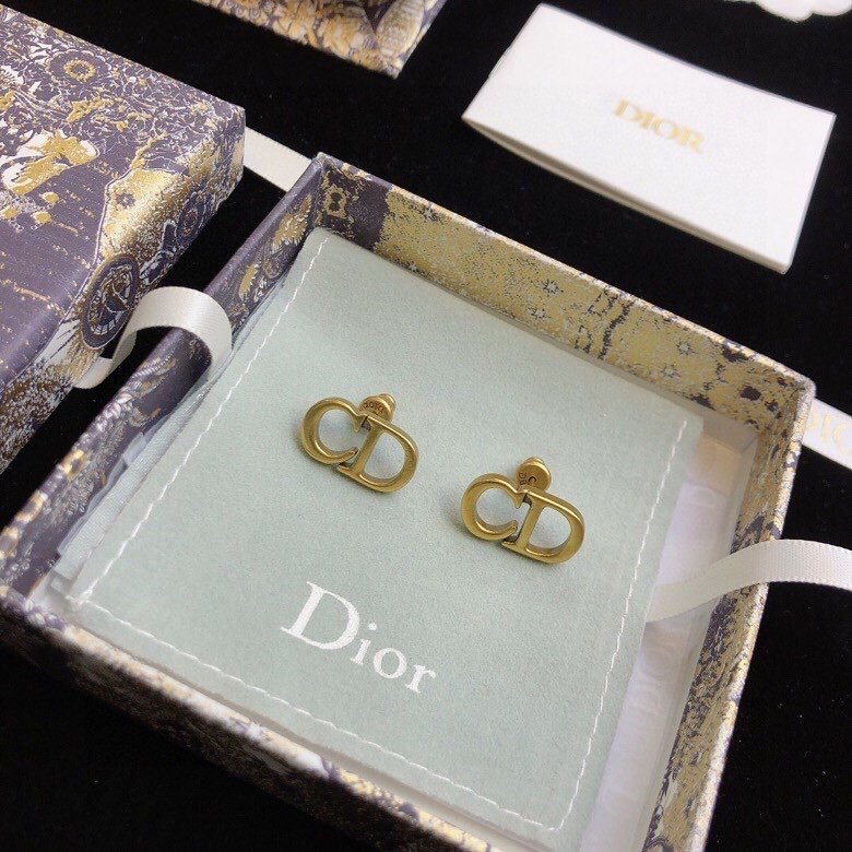 dior2021迪奥CD复古风格耳钉