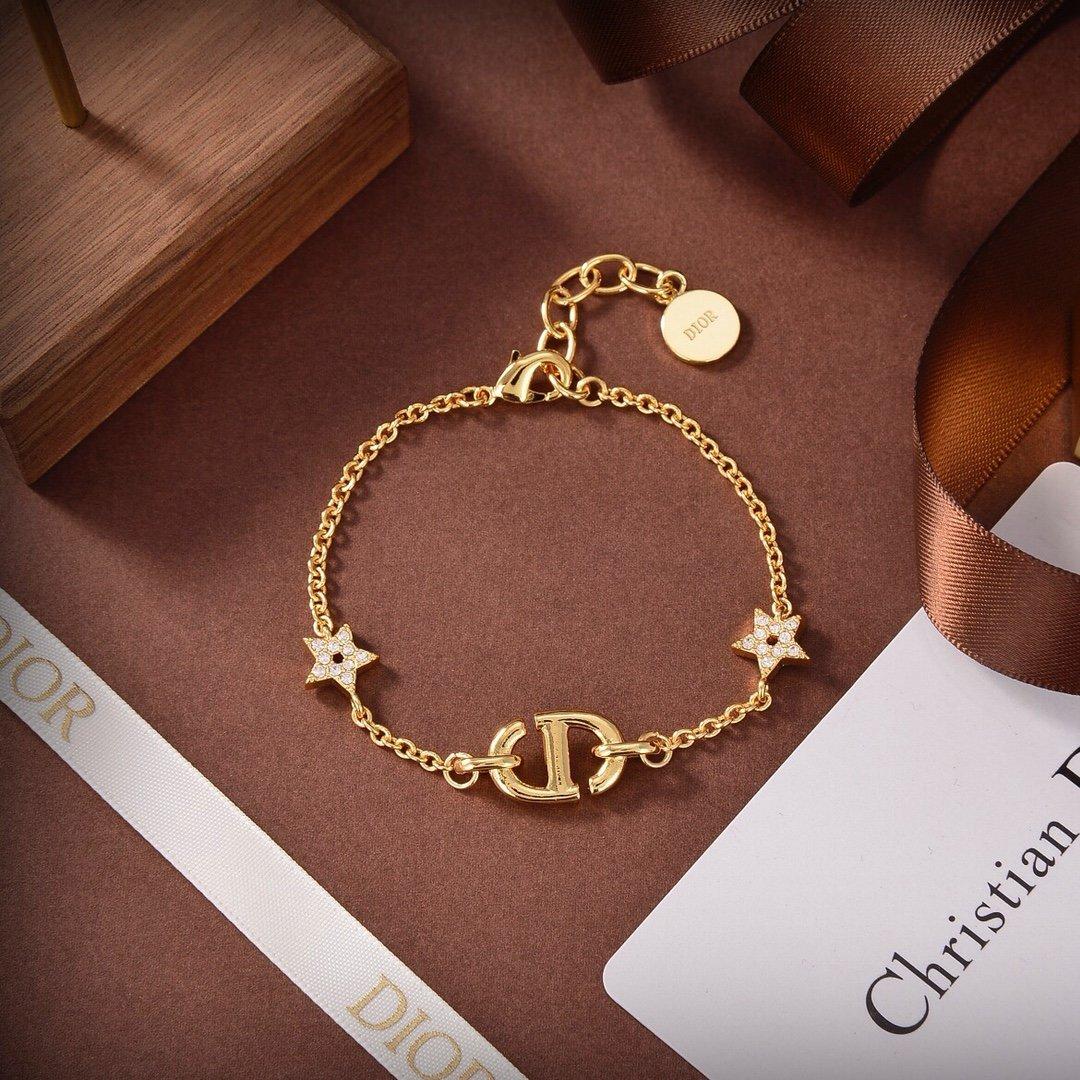 新款Dior迪奥手链专柜新款上市美得