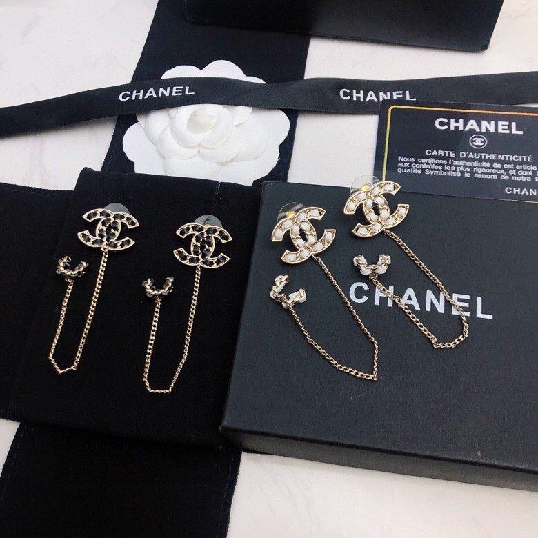 Chanel小香年早秋新款耳钉经典双