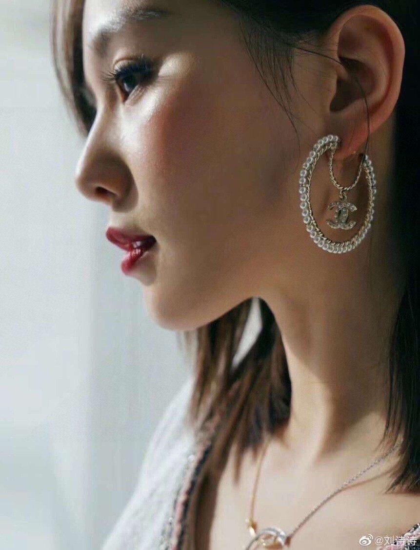 新款月亮不对称双c水晶珍珠耳钉耳环神