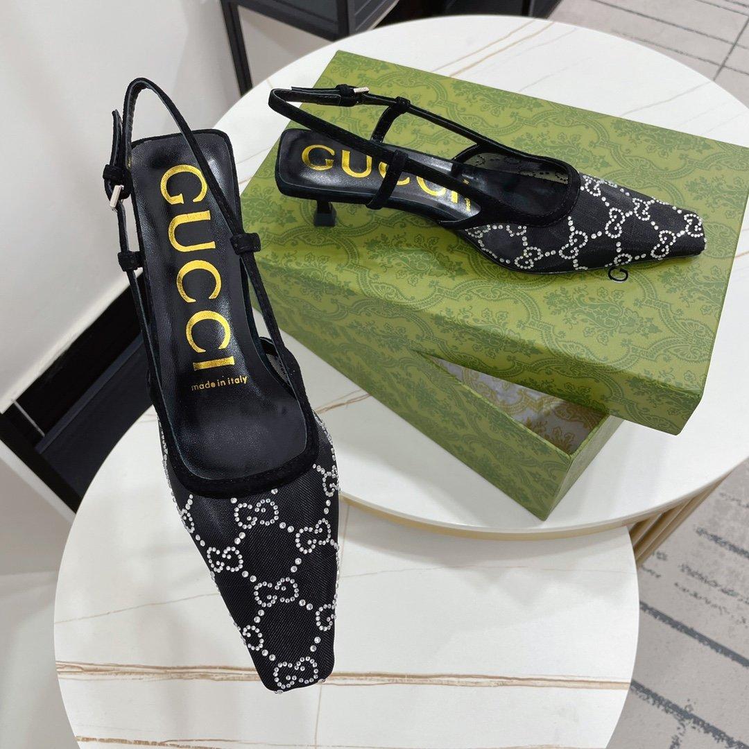 Gucci——2021夏季新宠撩男神器水钻凉鞋