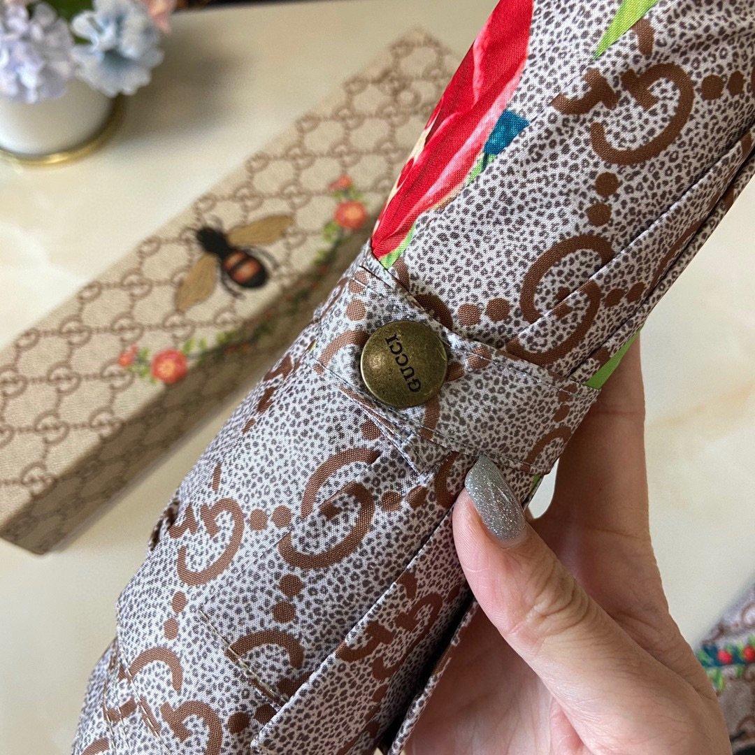Gucci古奇经典黄蜂款三折自动折叠