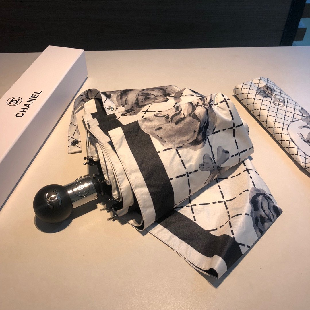 CHANEL香奈儿茶花三折自动折叠晴