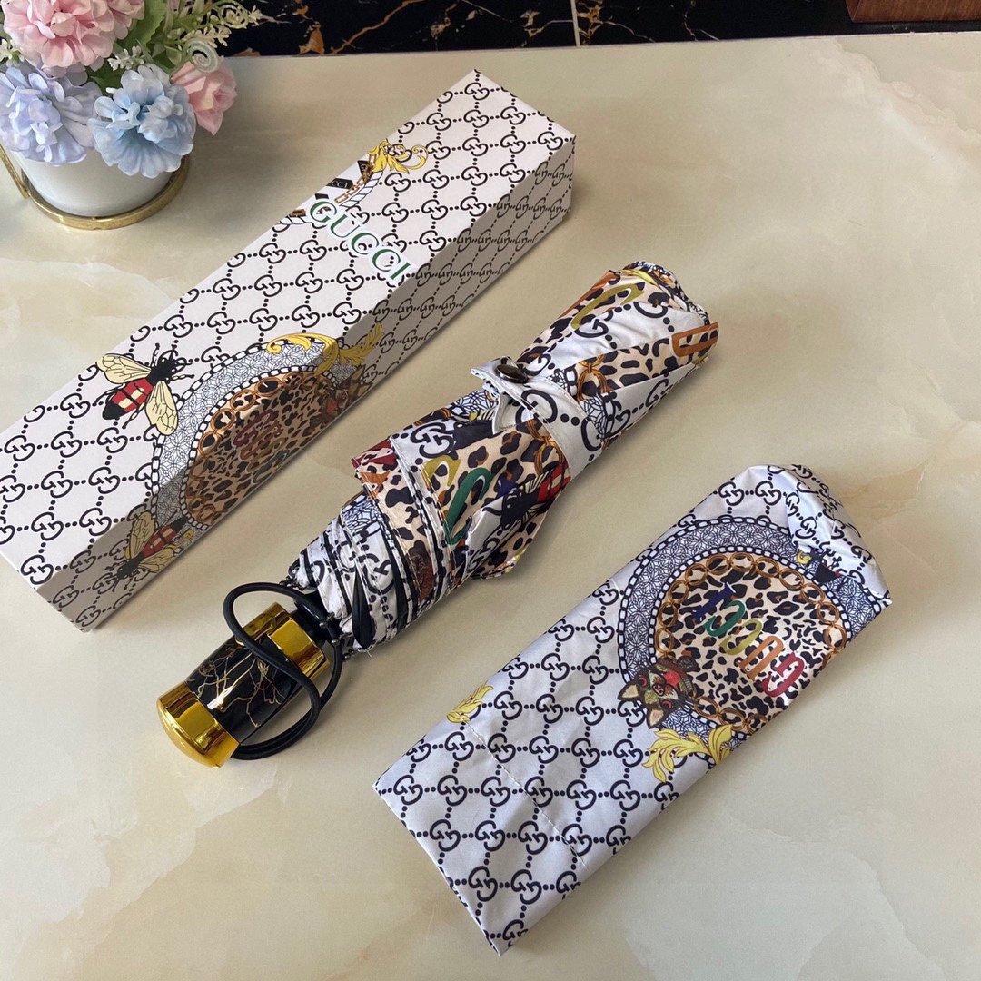 Gucci古奇经典豹款三折自动折叠晴
