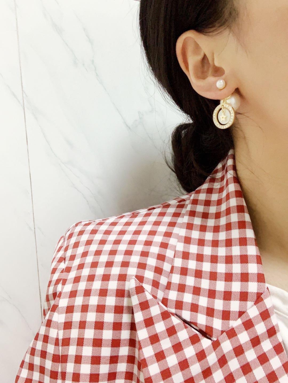 Dior新款珍珠满钻圆耳环一致黄铜材