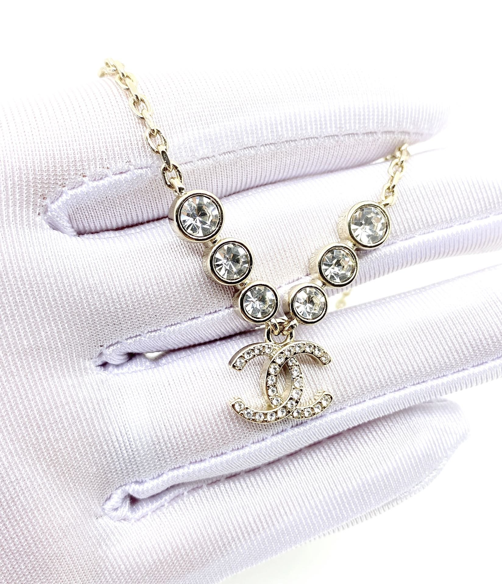 Chanel最新款钻项链一致zP黄铜