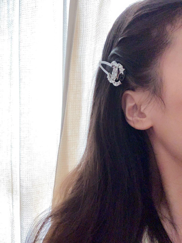 Chanel新款星星钻发夹一致黄铜材