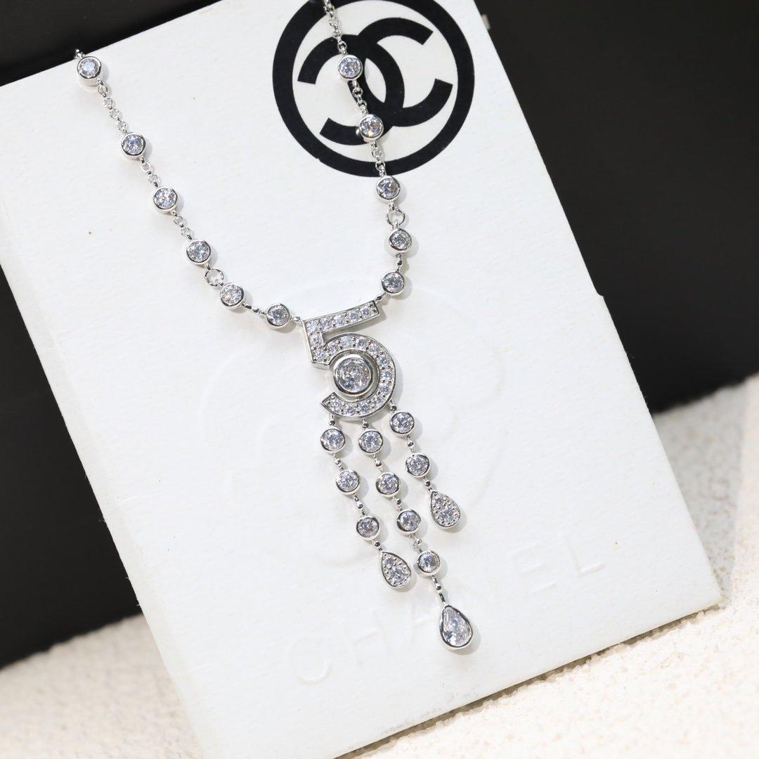 Chanel香奈儿5号项链流苏项链经