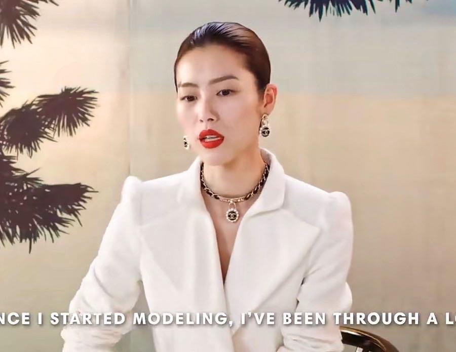 Chanel最新款黑皮项链最新的爆款