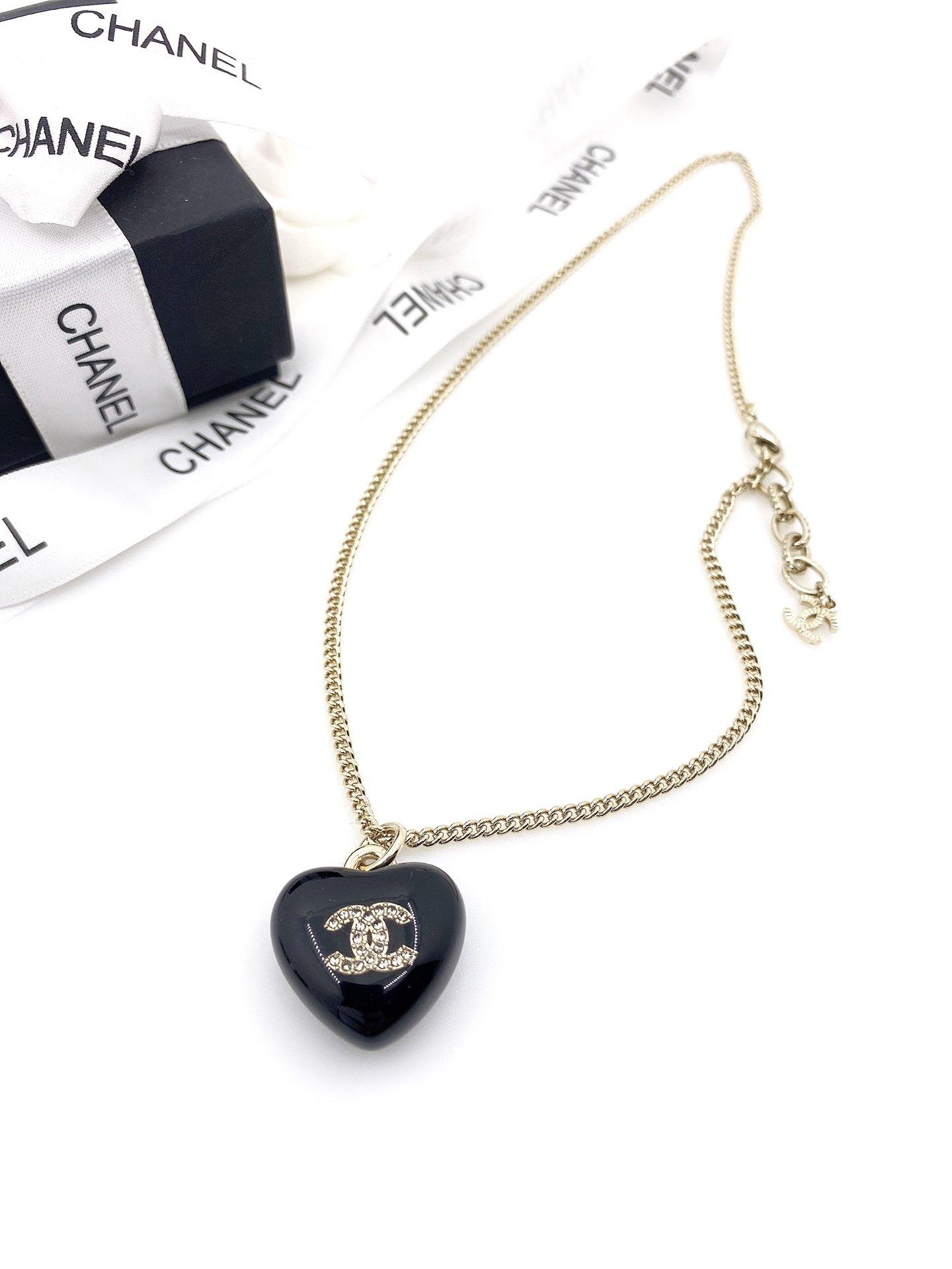 回货Chanel最新款爱心项链一致z
