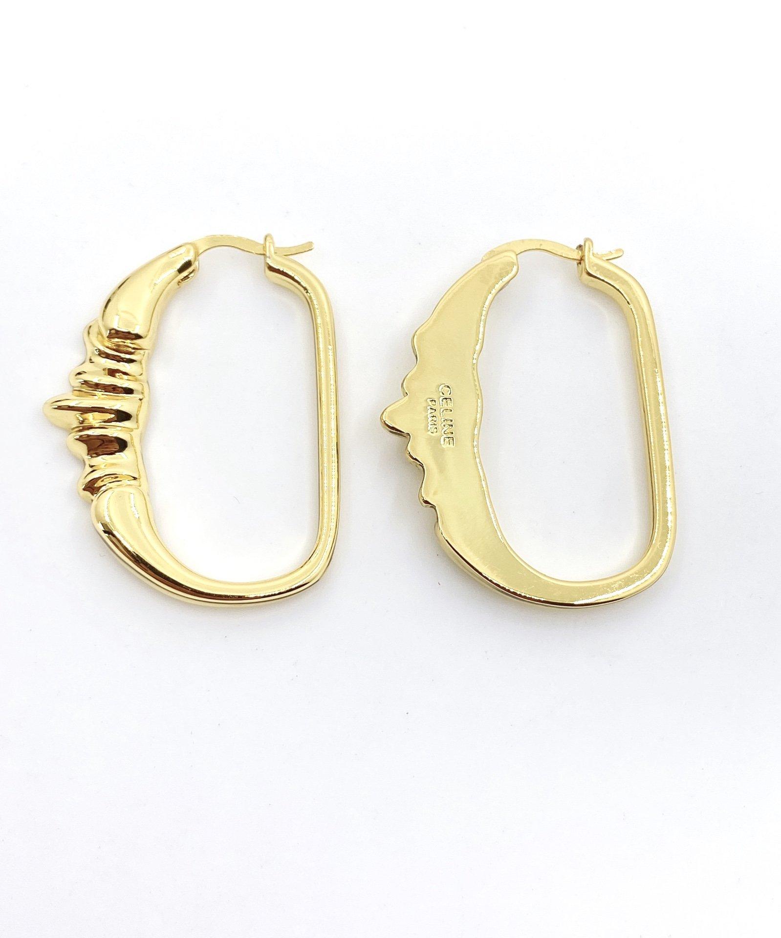 赛琳家新款超有质感黄铜耳钉