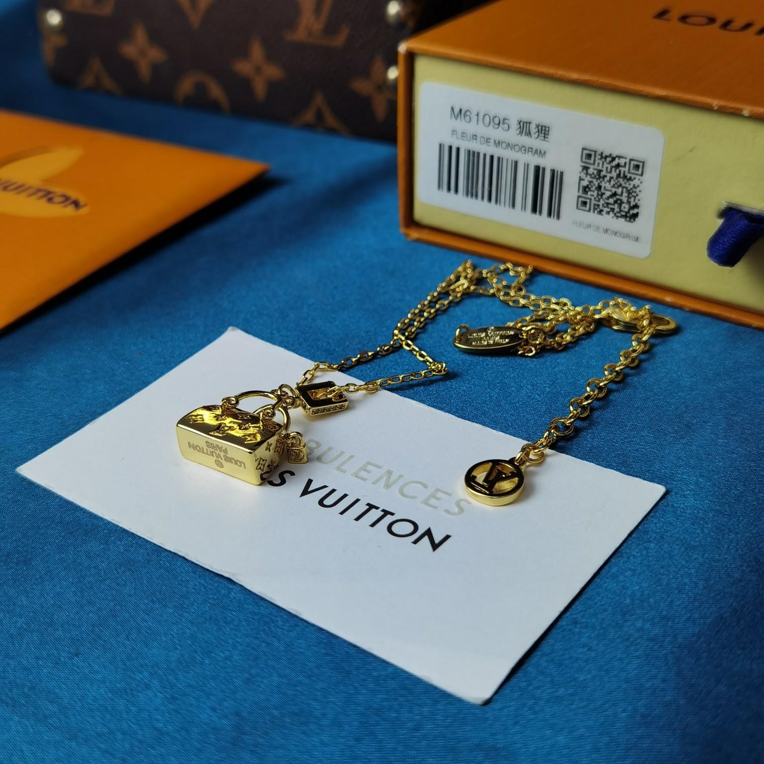 新品时尚项链新款路易威登包包项链艺术