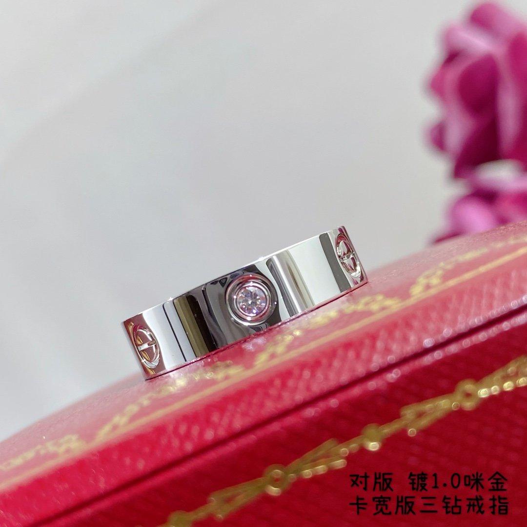 V金材质宽版三钻戒指码数6789三色