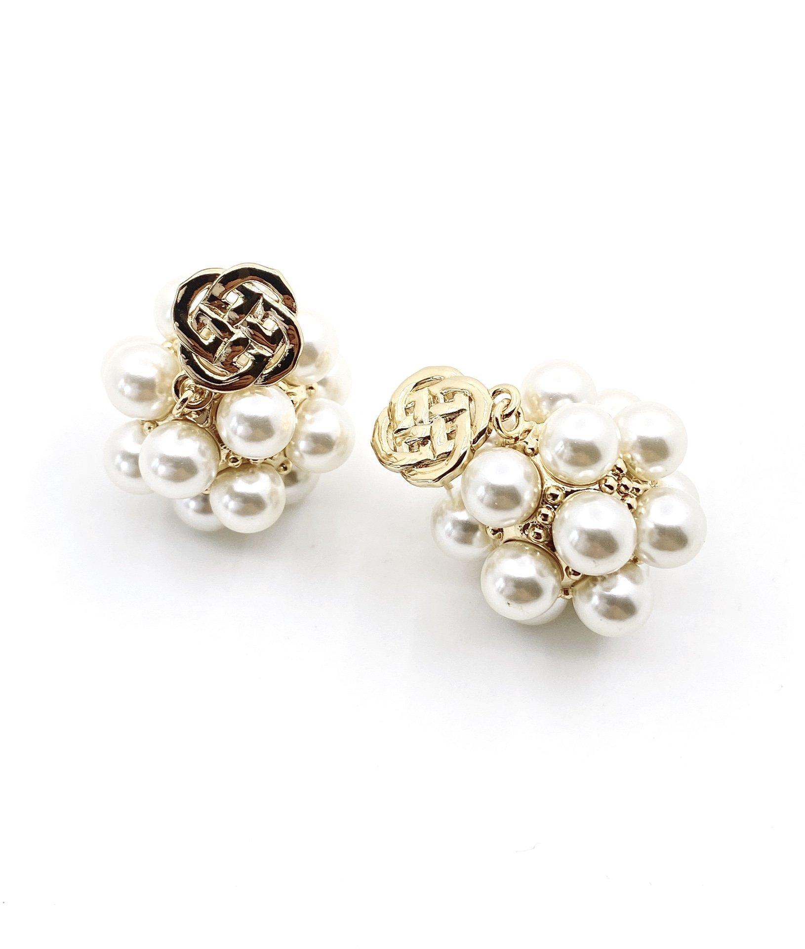 堤喜新款重工珍珠绣球耳钉
