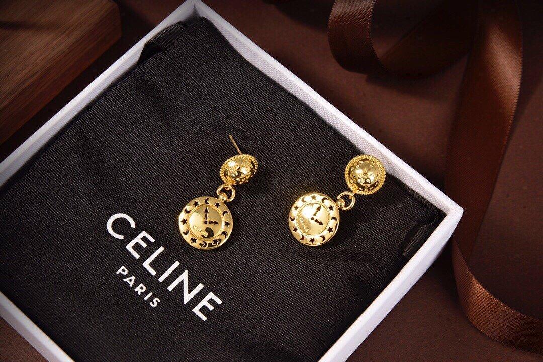 Celine新款时钟耳钉耳与众不同的