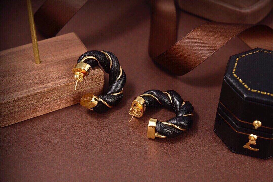 BV新款多环耳钉耳坠与众不同的设计个