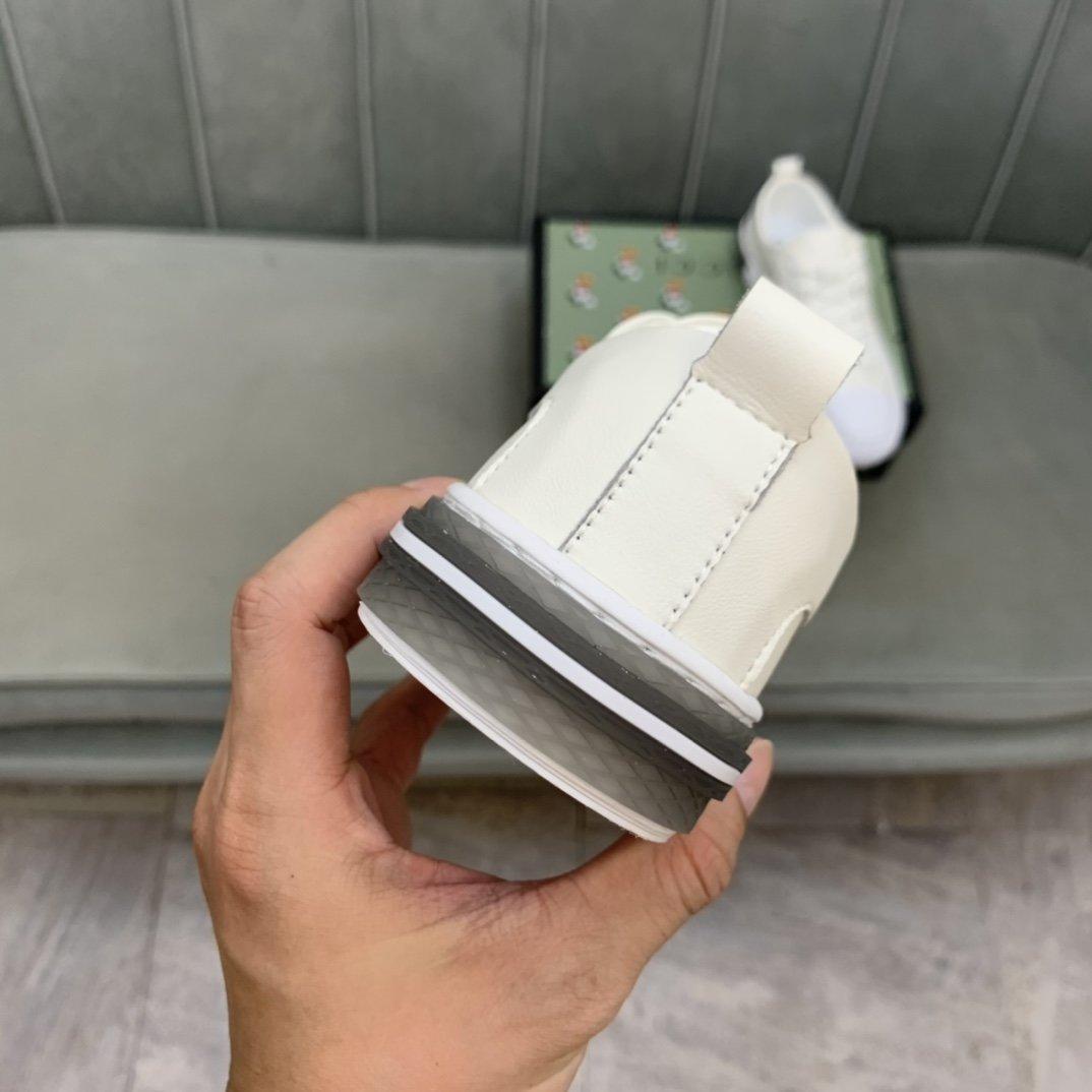 商品商标:Gucc*古奇*低帮休闲鞋