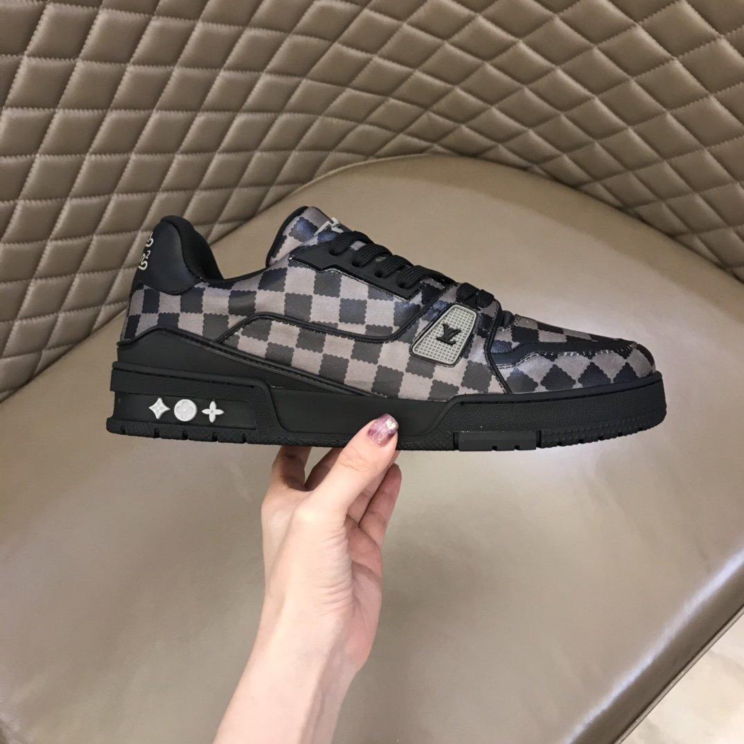 LV奢品Trainer运动鞋2021