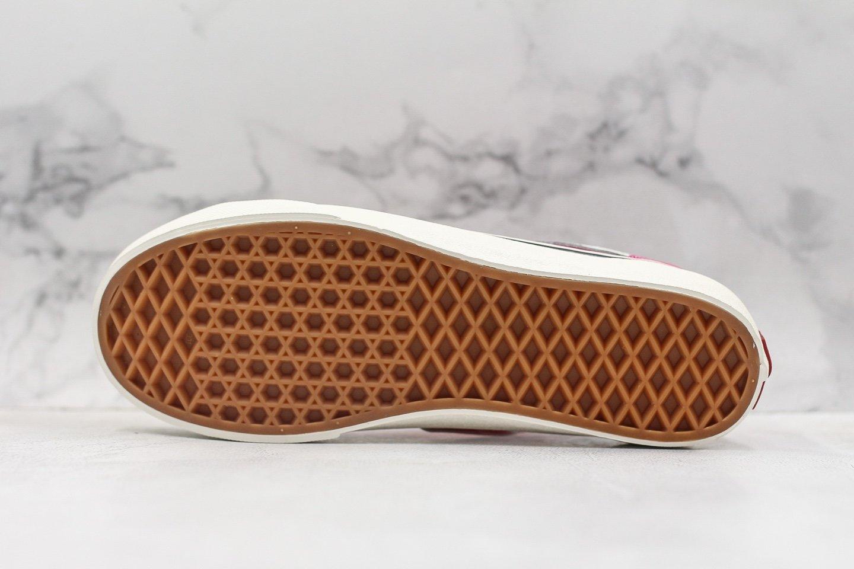 """🌈220万斯Vans Style 36 Cecon SF 权志龙小头杀人鲸 玫瑰🌹采用最新改版安纳海姆手工工艺,加入当下火爆的""""杀人鲸""""半月包头,塑造出不一样的复古鞋型,中间搭配撞色米白鞋舌,给你不一样的风格体验,绝对是经典里的不二选择!🌵Size:35 36 36.5 37 38 38.5 39 40 40.5 41 42 42.5 43 44 (新版原盒,真标硫化,偏大)"""