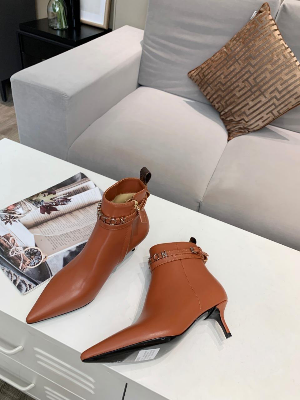 lv秋冬最新系列短靴一系列版面全部做