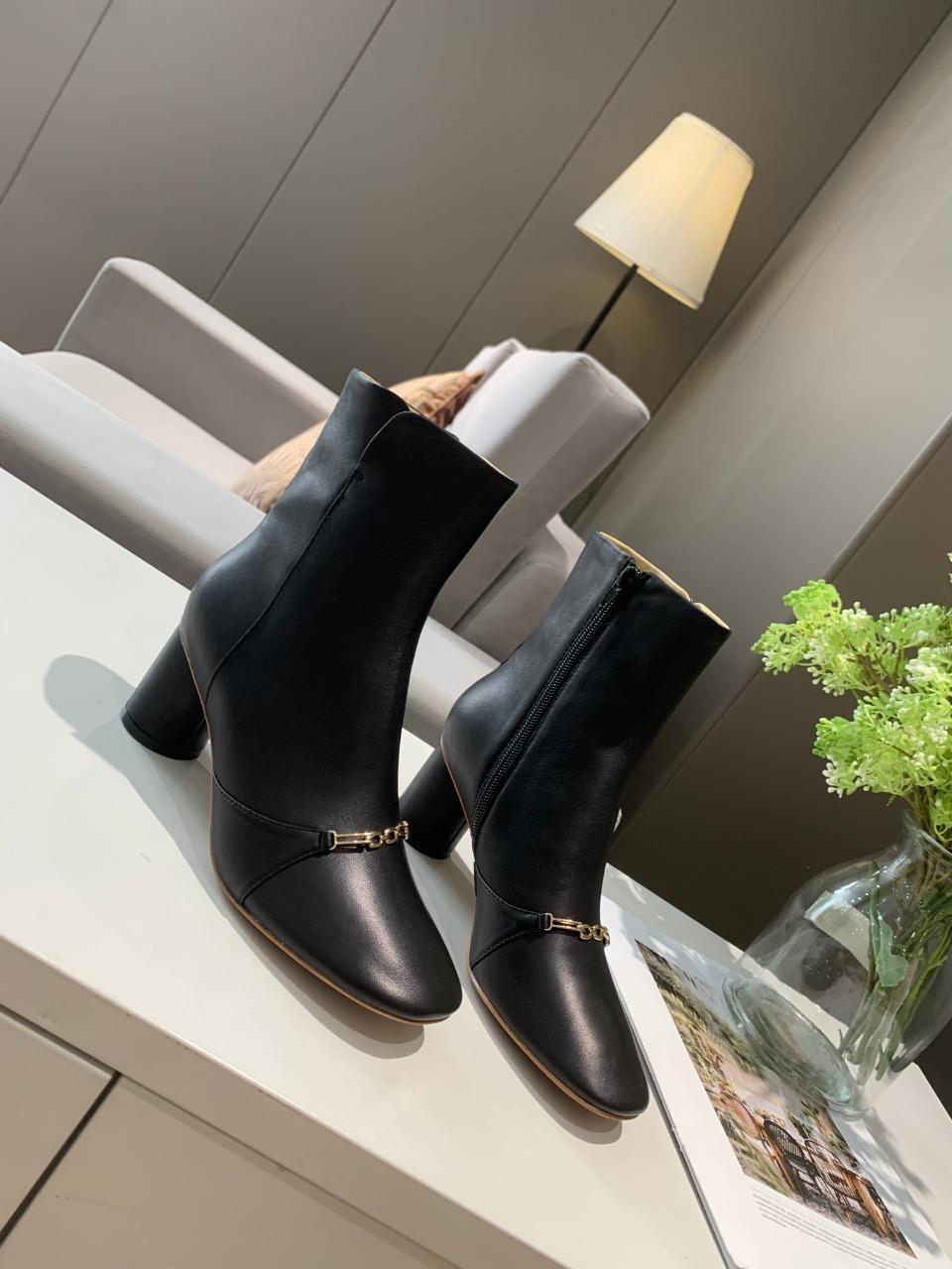 Celine秋冬新款美鞋塞林圆跟系带