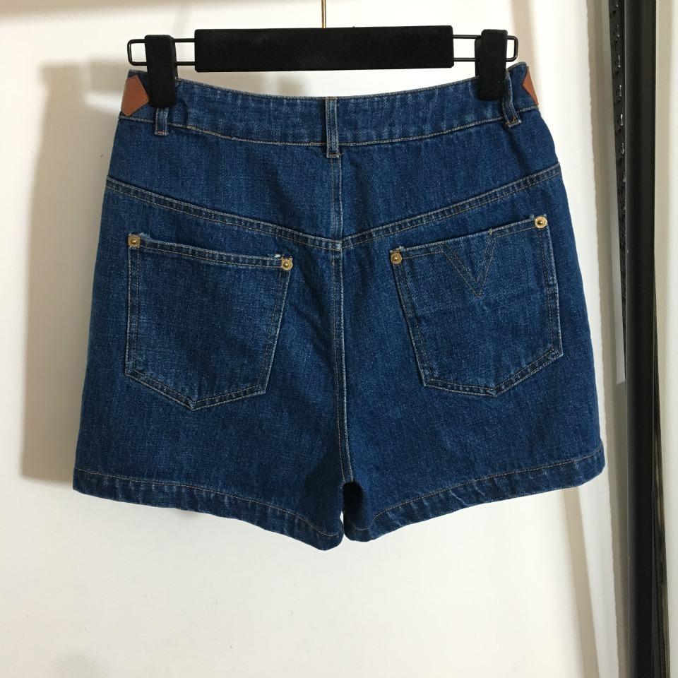 ️LV*新款五金字母皮扣装饰牛仔短裤