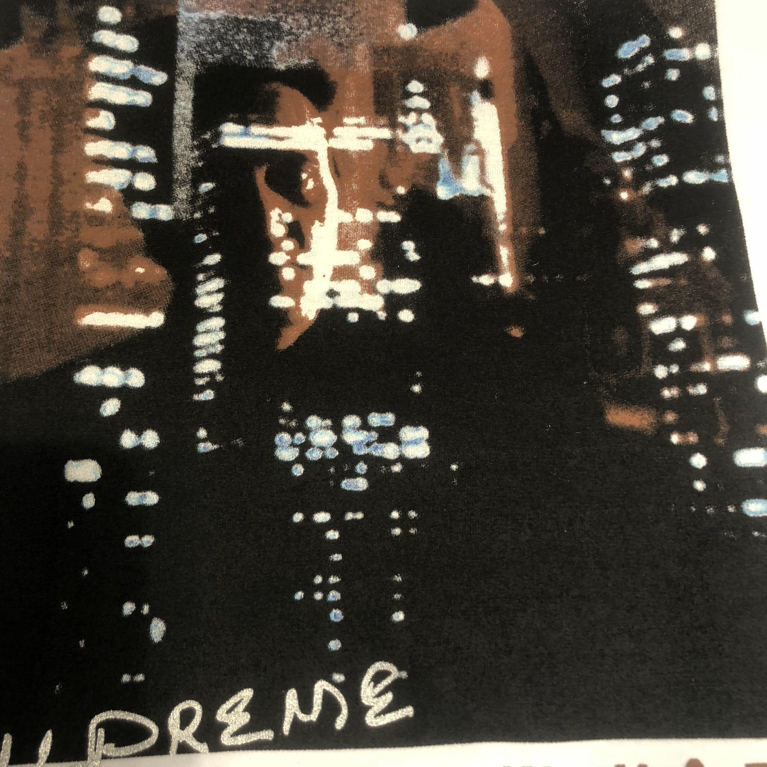 ? 180 【Supreme Christopher Walken King Of New York Tee】纽约之王短袖T恤 黑 白 S-XL ZP打样,拒绝看图做货  印花:采用环保胶浆 健康无害不污染 印花清晰不开裂手感细腻平滑 面料:精选纱线定织定染,圆筒230克精梳棉 手感柔软透气
