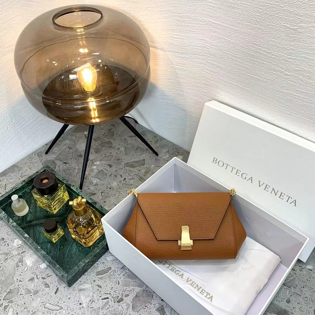 BV Angle bag 新款mini Bottega Venetaangle bag系列(图5)